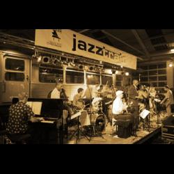 SOL NACIENTE SALSA BIG BAND