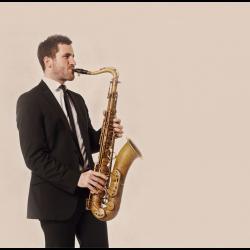 Saxophonist Wien // fine-sax.com