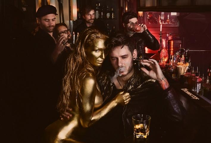 ANTIHELD – veröffentlichen brandneue Single 'Goldener Schuss' vom kommenden Album »Goldener Schuss«!